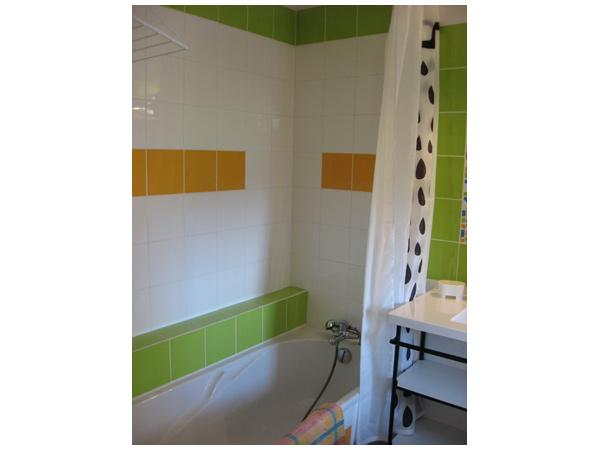 Salle de bain etage - Location de vacances - Saint-Pal-de-Chalencon
