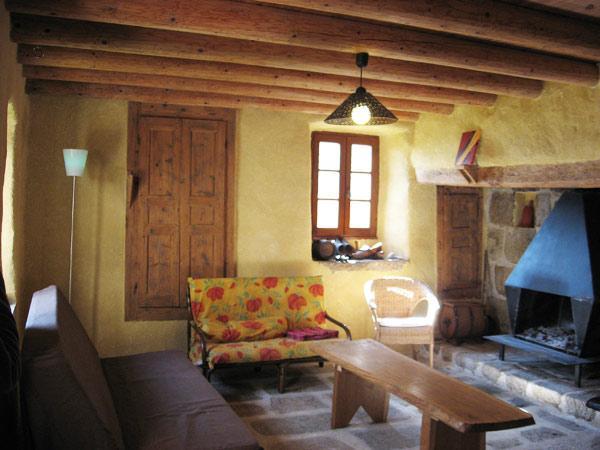 Salon rustique - Location de vacances - Saint-Pal-de-Chalencon