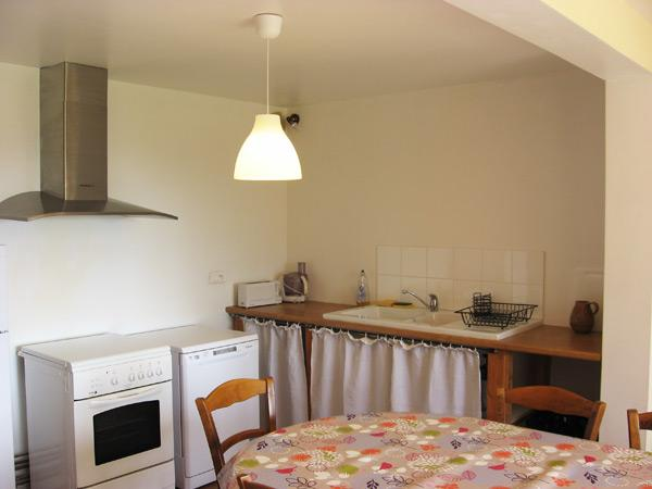 La cuisine - Location de vacances - Saint-Pal-de-Chalencon