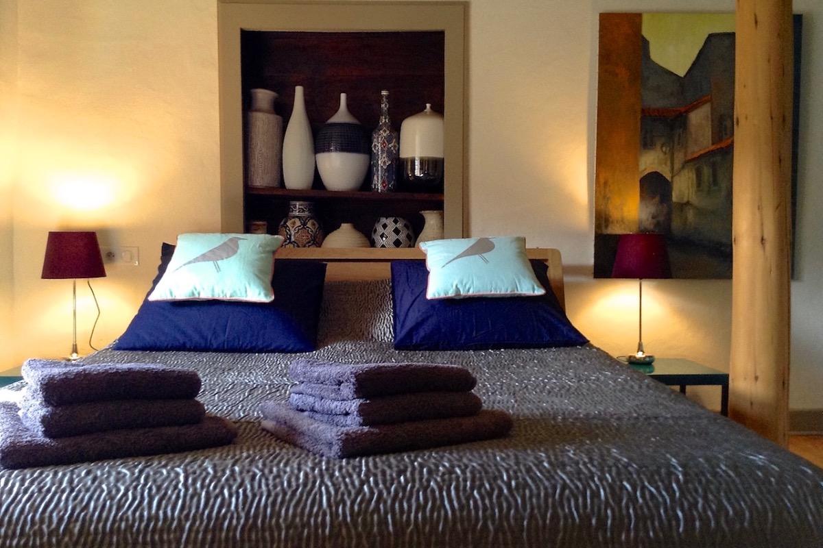 Chambre La Brune, lit double - Chambre d'hôtes - Saint-Bérain