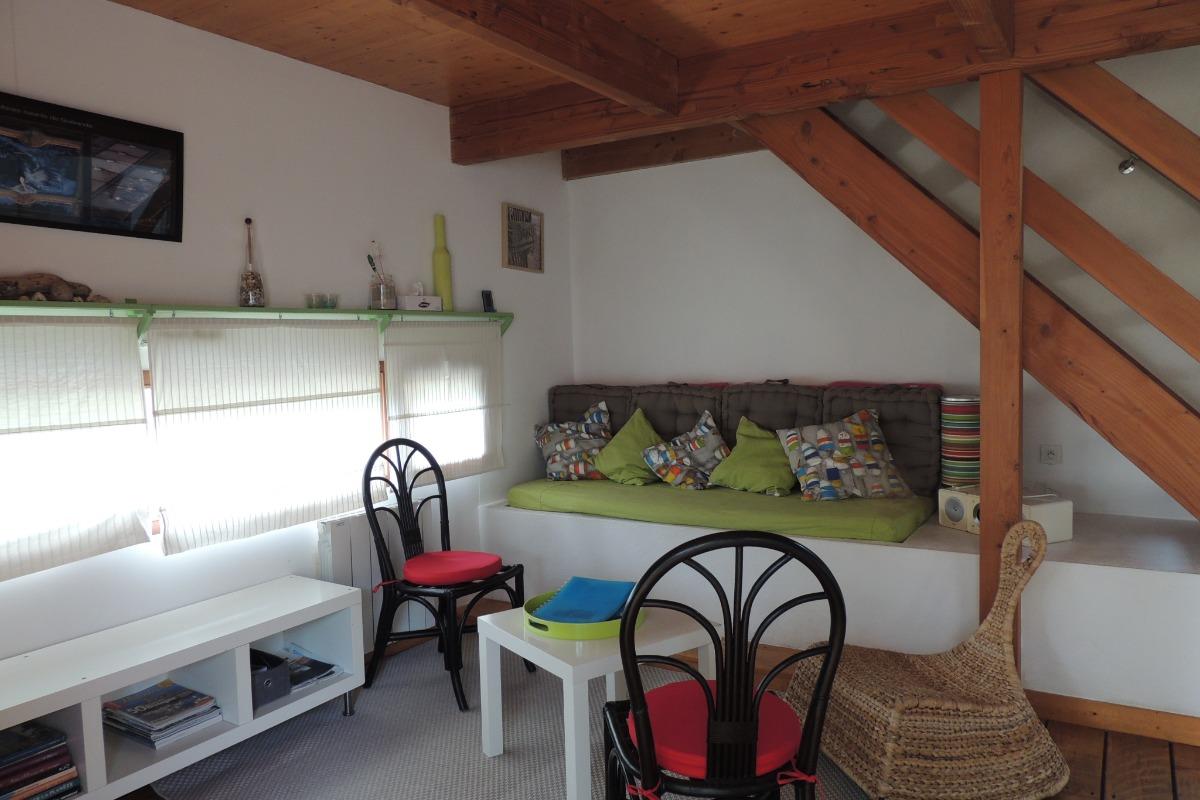 chambre étage avec 2 lits 90, lit enfant disponible sur demande