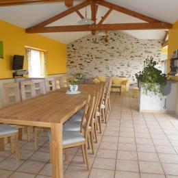 Salle à manger - Location de vacances - Saint-Philbert-de-Grand-Lieu