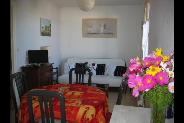 Location Lollier ST NAZAIRE Salon séjour©VCC/LAD - Location de vacances - Saint-Nazaire