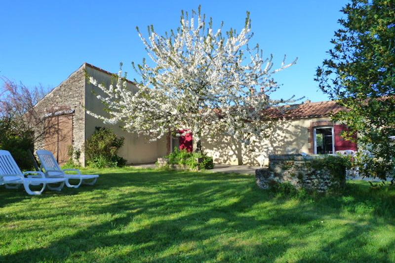 Le puits - Location de vacances - La Marne
