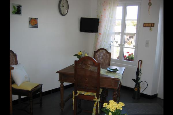La Petite Maison La Remaudiere Séjour©VCC/LAD - Location de vacances - La Remaudière