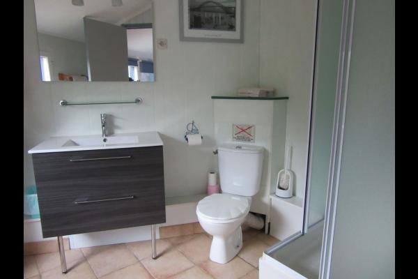 Le Bouquet - salle d'eau - Location de vacances - Guérande