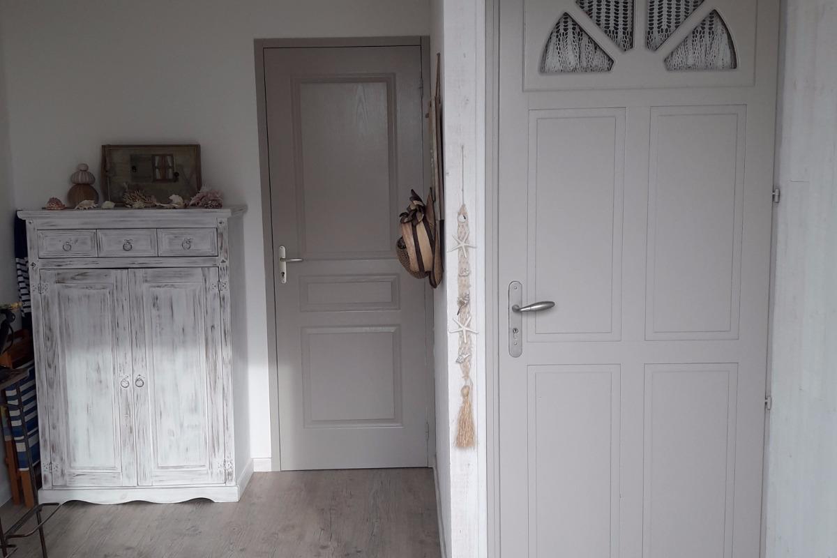 Petite pièce d'entrée indépendante du logement du RDC - Location de vacances - La Turballe