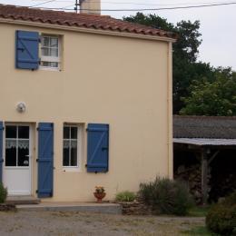façade Gîte - Location de vacances - Saint-Même-le-Tenu