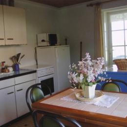 Cuisine équipée ouverte - Location de vacances - Batz-sur-Mer