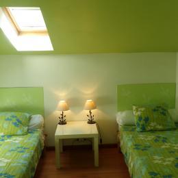 chambre 2 lits 1 personnes - Location de vacances - Missillac