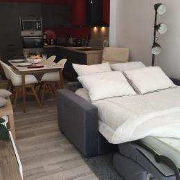 Le canapé lit avec un vrai matelas - Location de vacances - Guérande