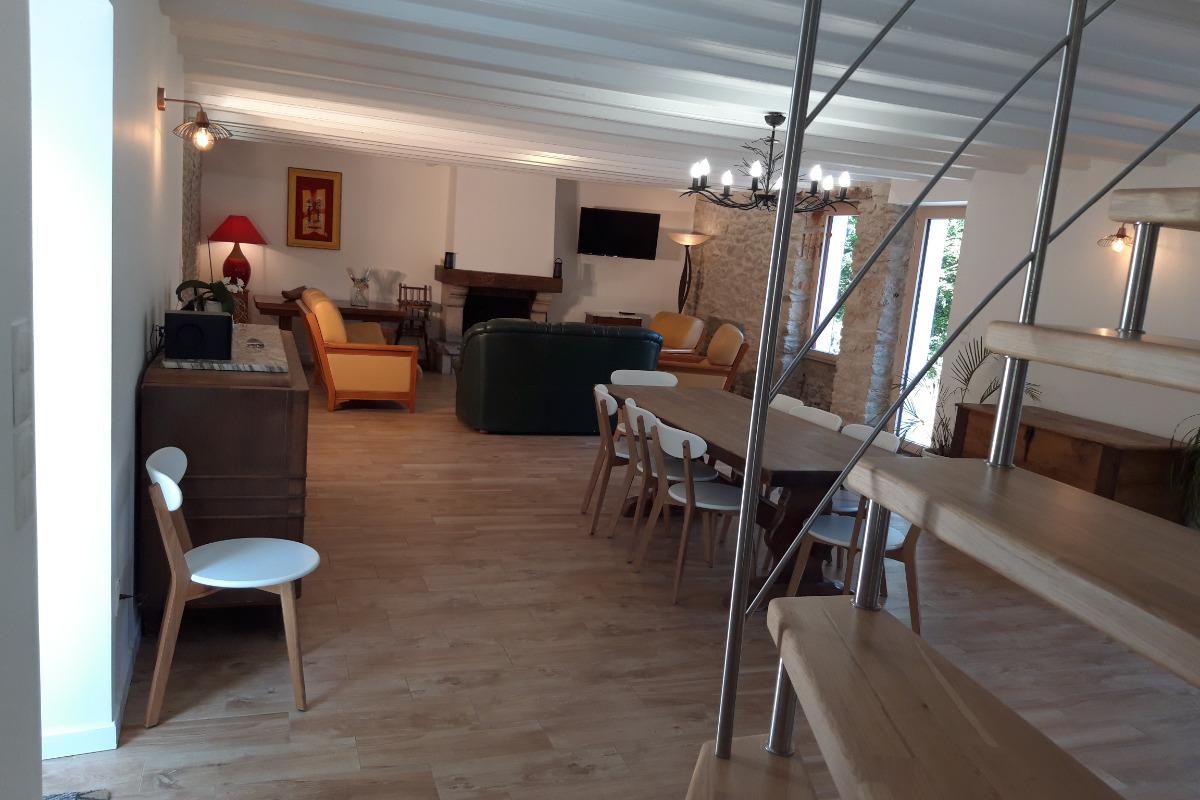 salle à manger, salon - Location de vacances - Saint-André-des-Eaux