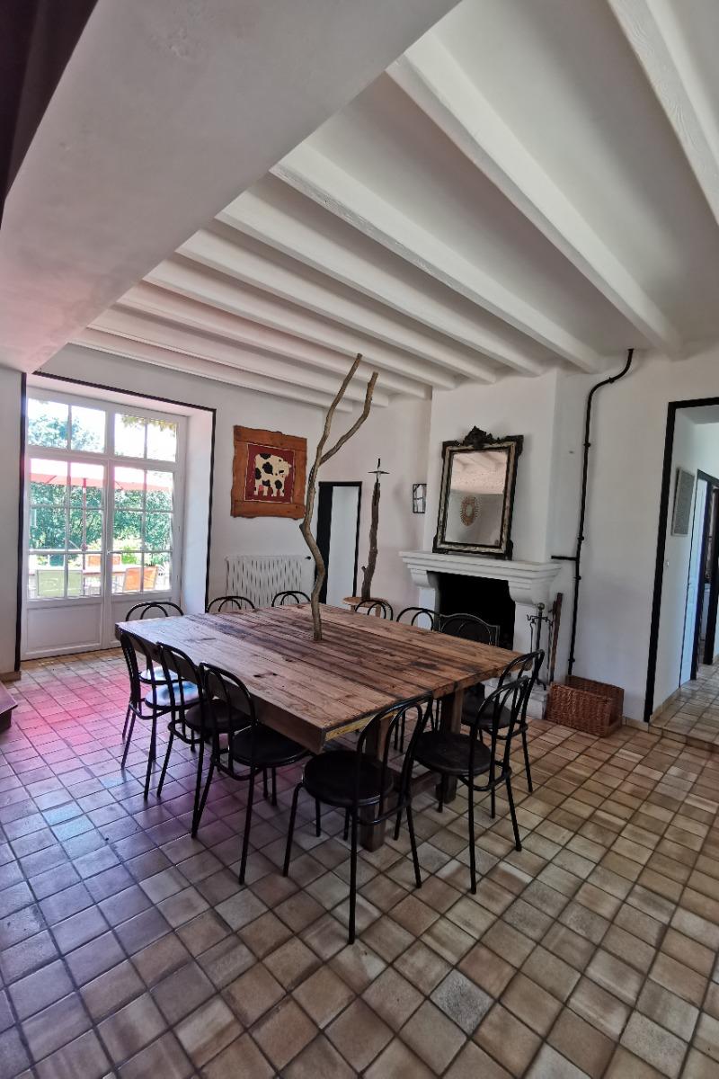 La salle à manger - Location de vacances - Petit-Auverné