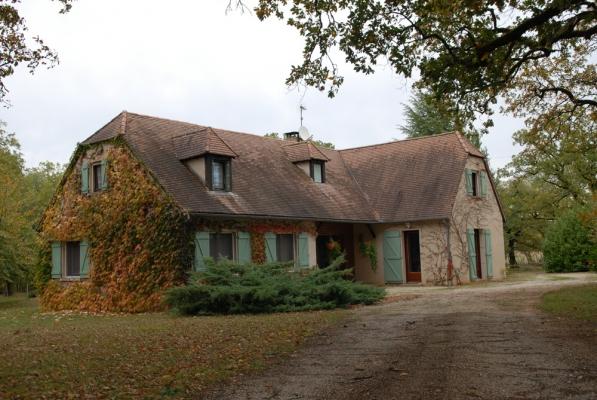 Vue d'ensemble à l'automne - Location de vacances - Calès Lot