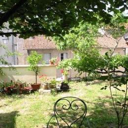 jardin plein sud - Location de vacances -