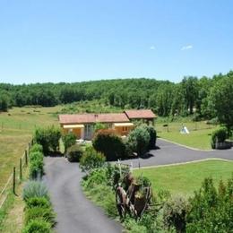 - Location de vacances - Lissac-et-Mouret