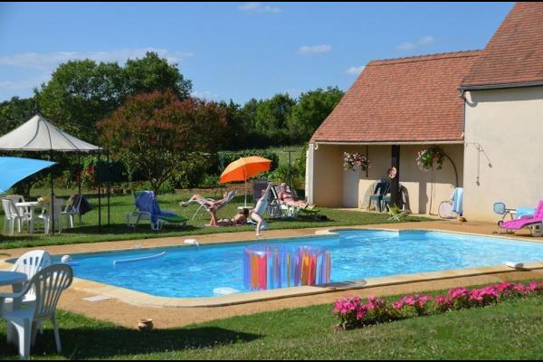 La piscine - Location de vacances - Loupiac
