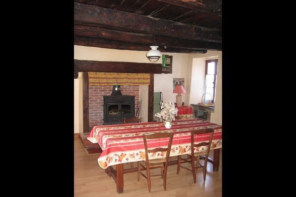 la pièce à vivre - Location de vacances - Lugagnac
