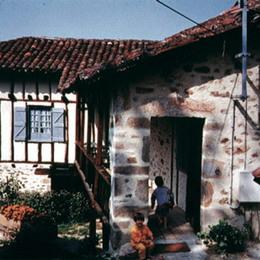 - Location de vacances - Sabadel-Latronquière