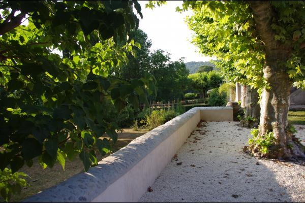Le jardin - Location de vacances - Albas