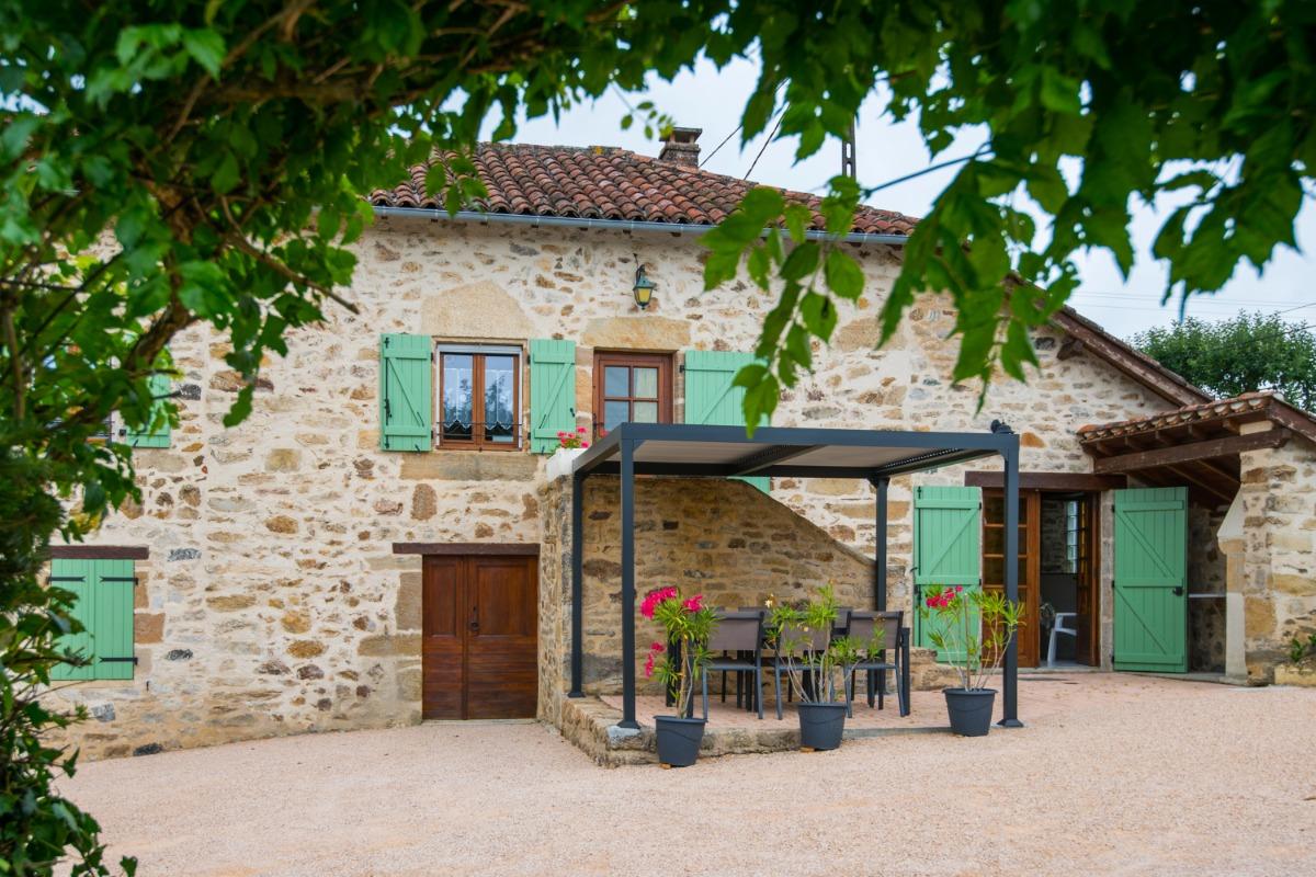 Piscine privée - Location de vacances - Saint-Médard-Nicourby