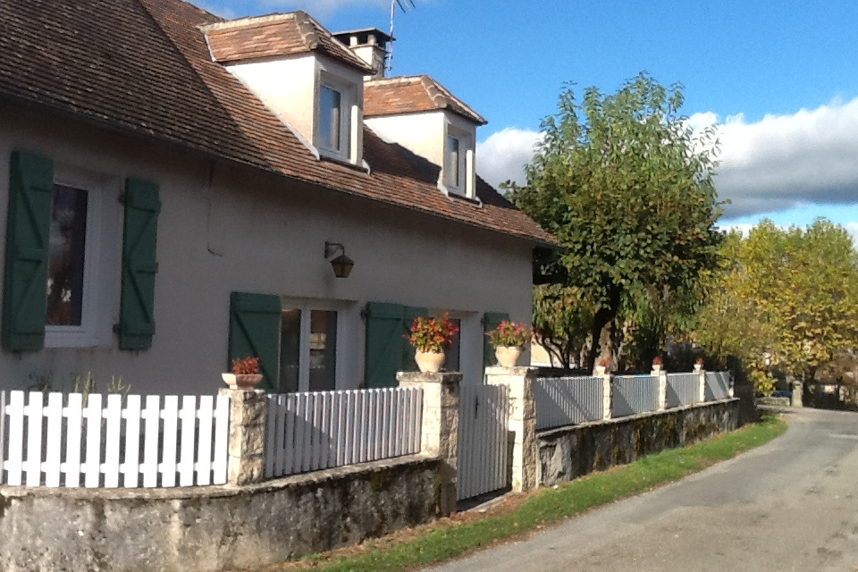 façade avant - Location de vacances - Carlucet