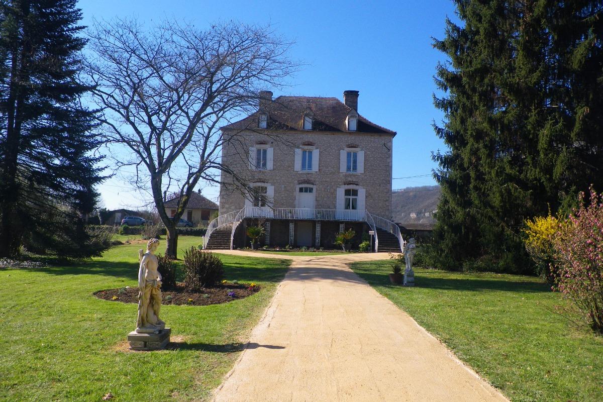 LES CALECHES DE SAINT-SOZY - Chambre d'hôtes - Saint-Sozy