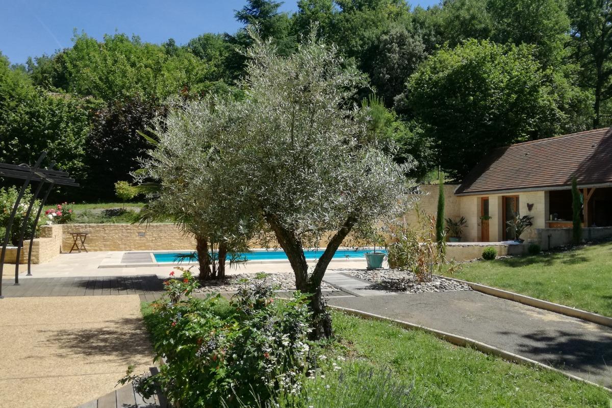 terrasse Est  - Location de vacances - Le Roc