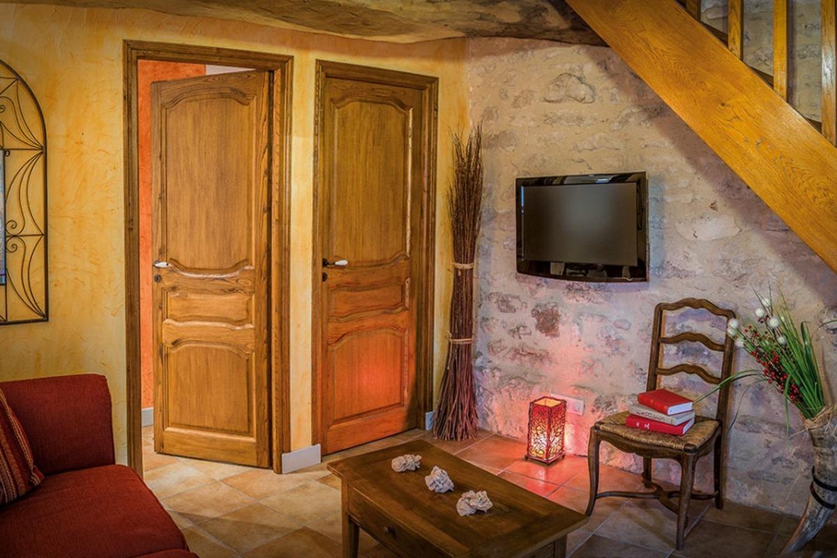 La Pierre & Le Bois En Harmonie - Suite en duplex Cassiopée - Chambre d'hôtes - Espédaillac