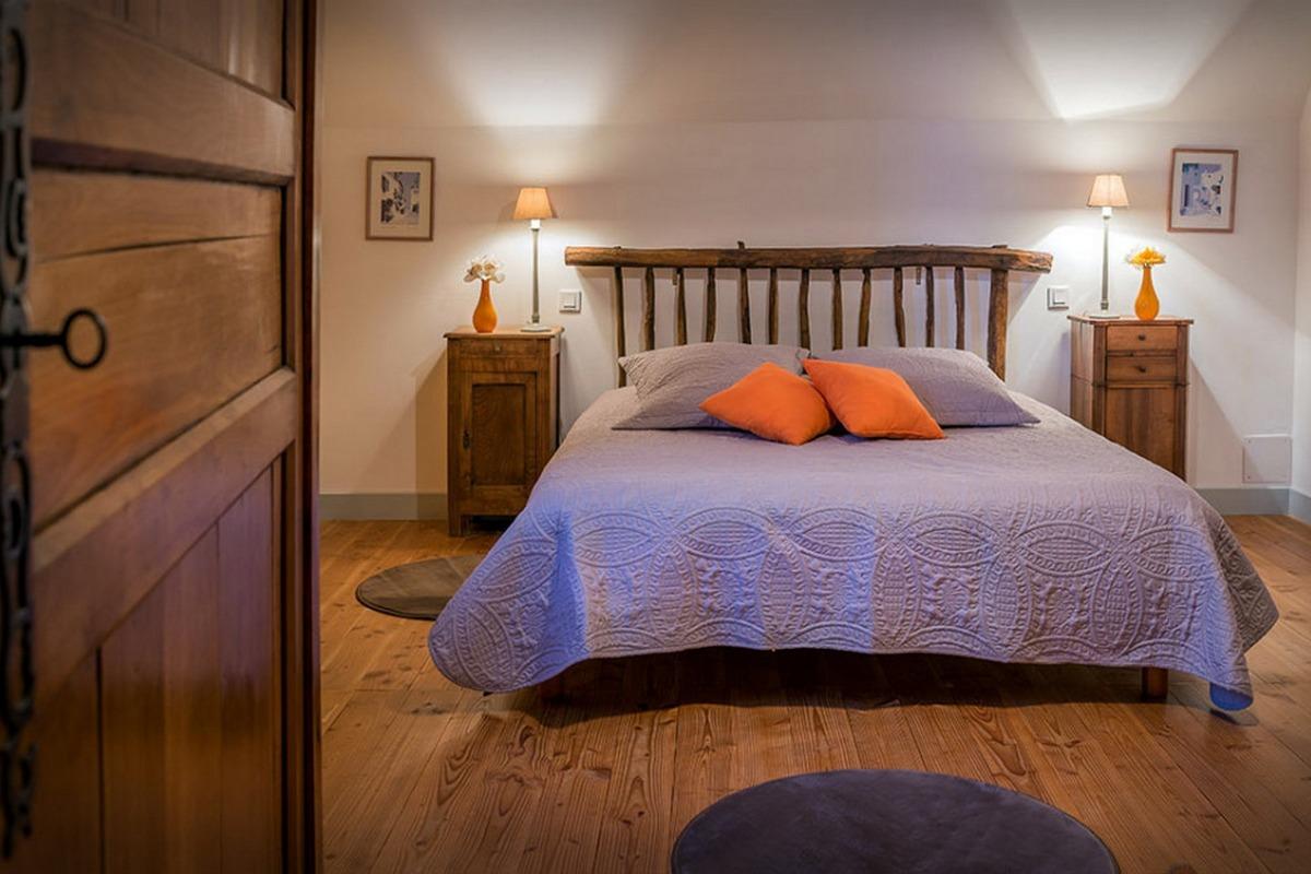 Le charme de la bergerie - Suite en duplex Cassiopée - La chambre à l'étage. - Chambre d'hôtes - Espédaillac