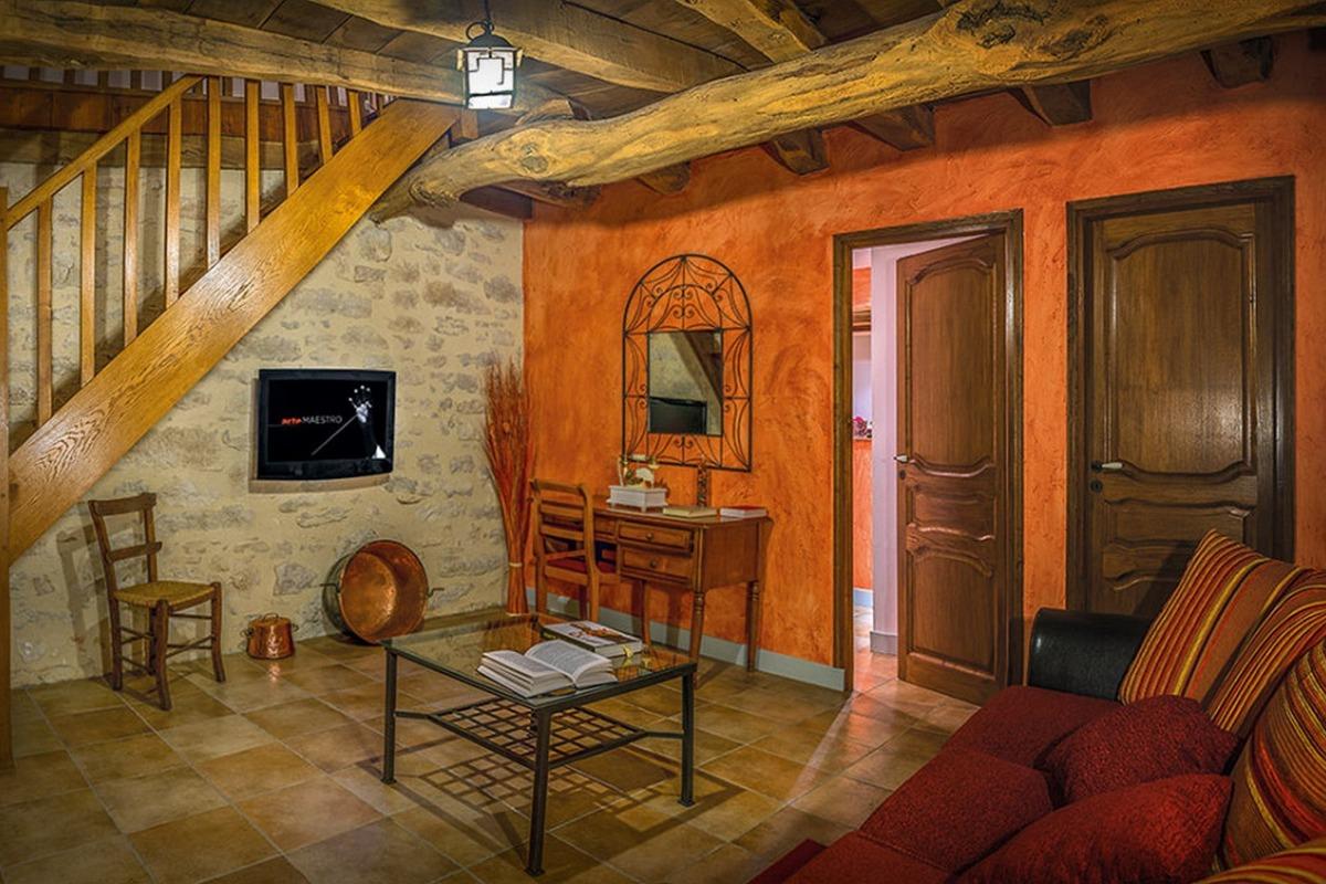 Maison d'hôtes dans bergerie du 19ème - Suite Andromède - un charmant salon privé - Chambre d'hôtes - Espédaillac