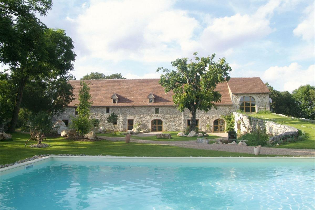 Chambres et Jardin de Pierres - Maison d'hôtes et de charme dan le Lot - La Maison - Chambre d'hôtes - Espédaillac