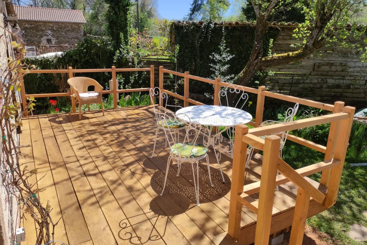 le terrain en face de la maison - Location de vacances - Saint-Cirgues
