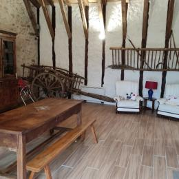 le salon - Location de vacances - Saint-Cirgues