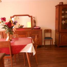 la salle à manger - Location de vacances - Souillac