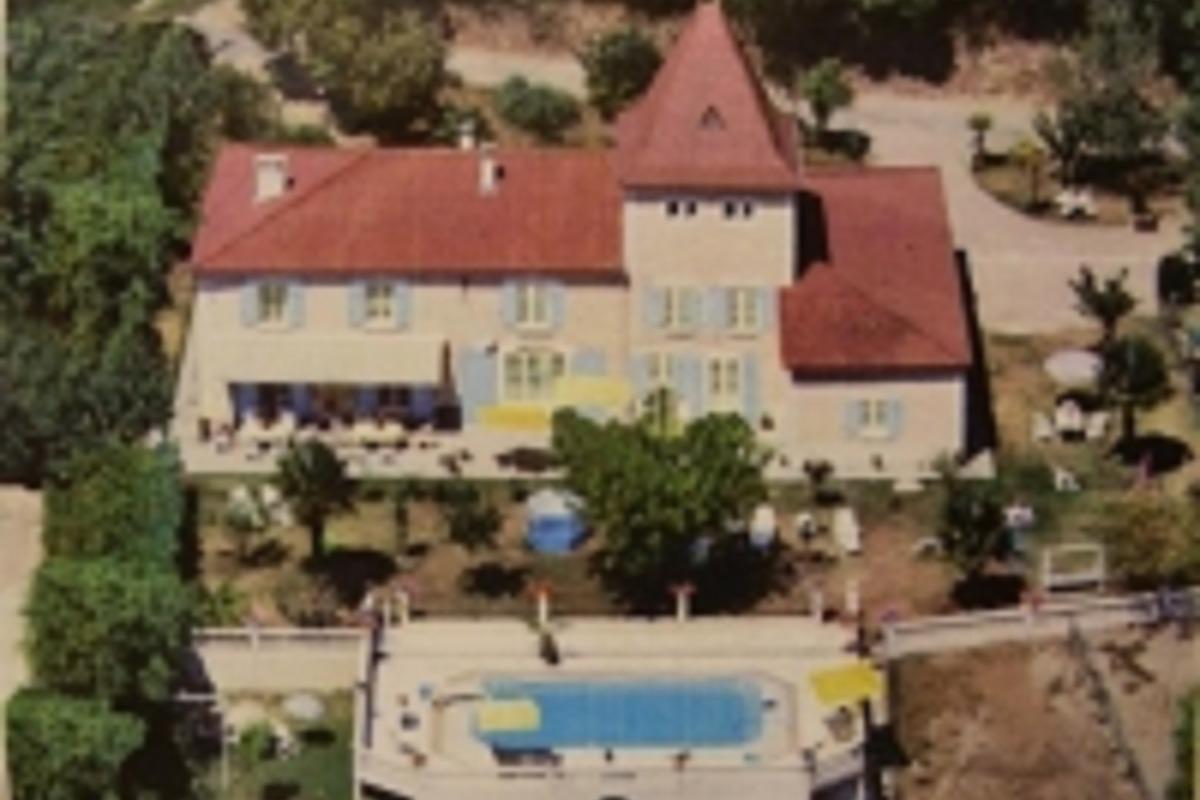 vue du ciel avec l'ancienne piscine - Location de vacances - Castelnau-sur-Gupie