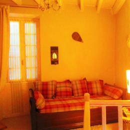 La cheminée de chambre  - Location de vacances - Penne-d'Agenais