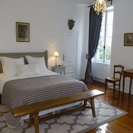 Chambre Mariage de Figaro - Chambre d'hôte - Puch-d'Agenais