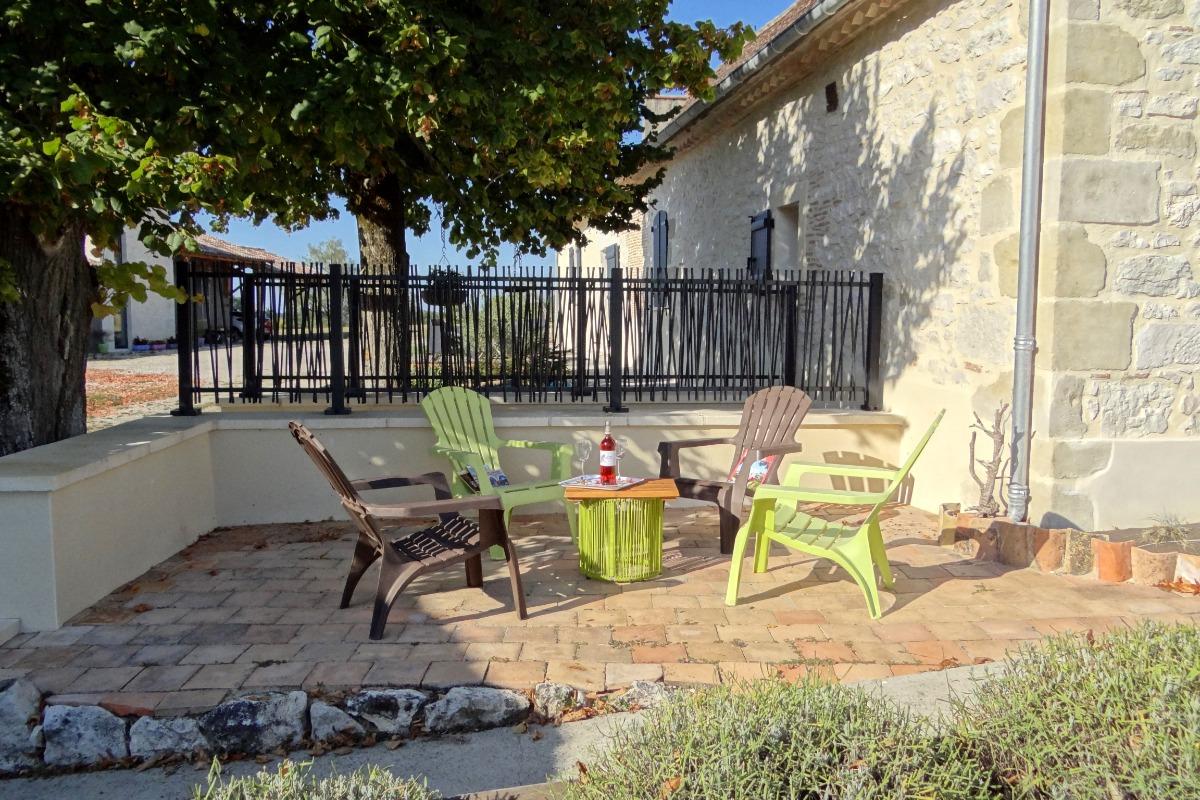 Terrasse Sud - Location de vacances - Castillonnès