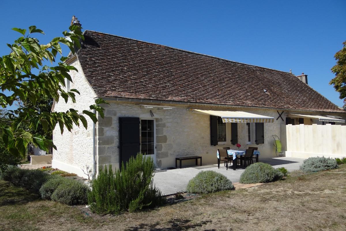 Terrasse Sud / Est - Location de vacances - Castillonnès