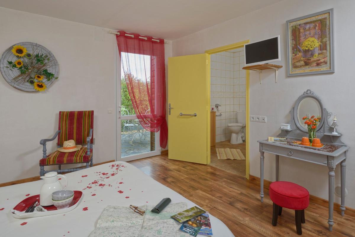 Chambre spacieuse - Chambre d'hôtes - Sainte-Gemmes-d'Andigné