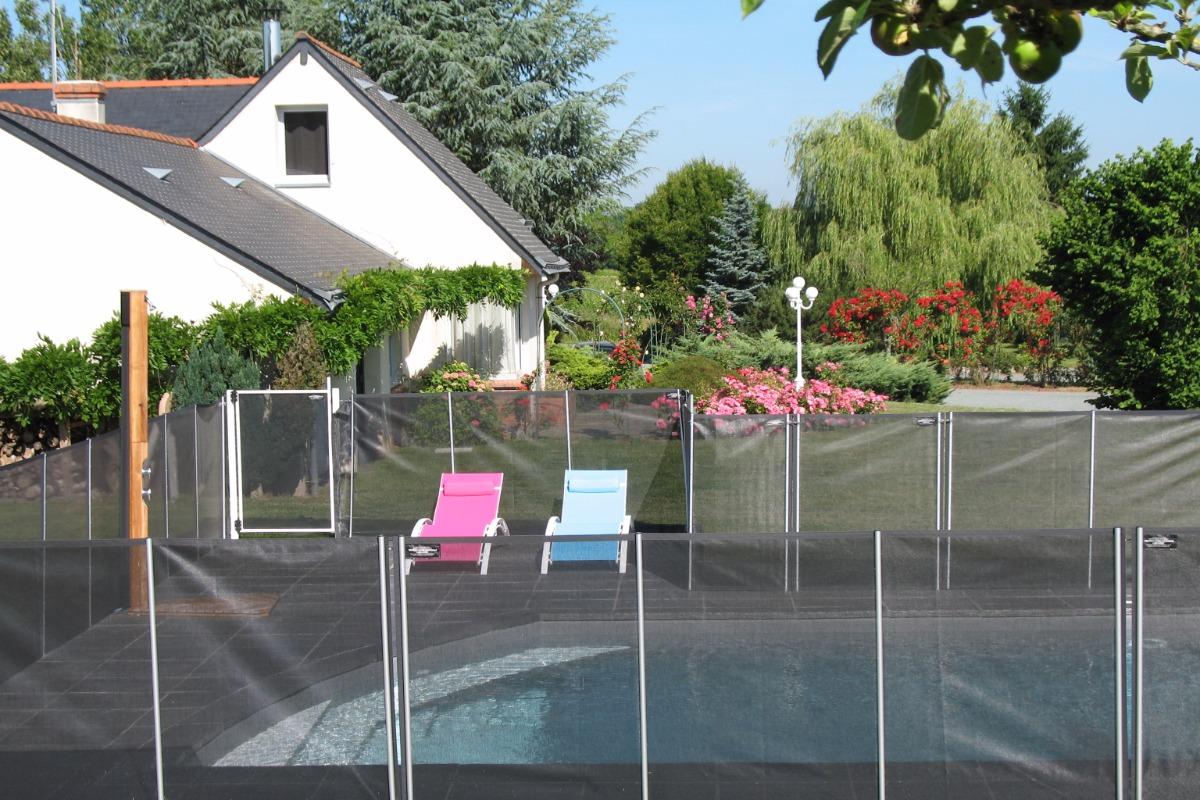 la piscine proche du gîte - Location de vacances - Thouarcé