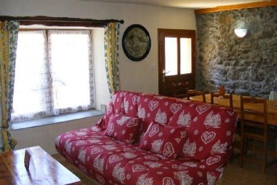 Bel appartement dans une ancienne ferme rénovée à Vars près des pistes de ski (Hautes Alpes) - Location de vacances - Vars