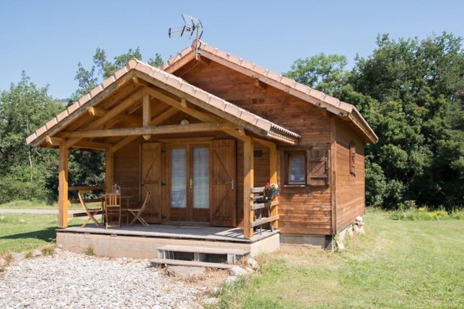 Domaine de Malcor, chalet indépendant 45 m2 avec terrasse couverte privée - Location de vacances - Jarjayes