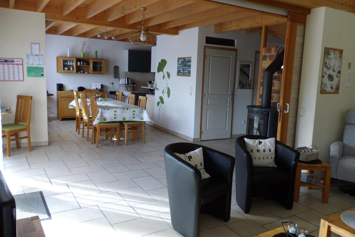 Espace de vie: salon, salle à manger - Location de vacances - Carentan
