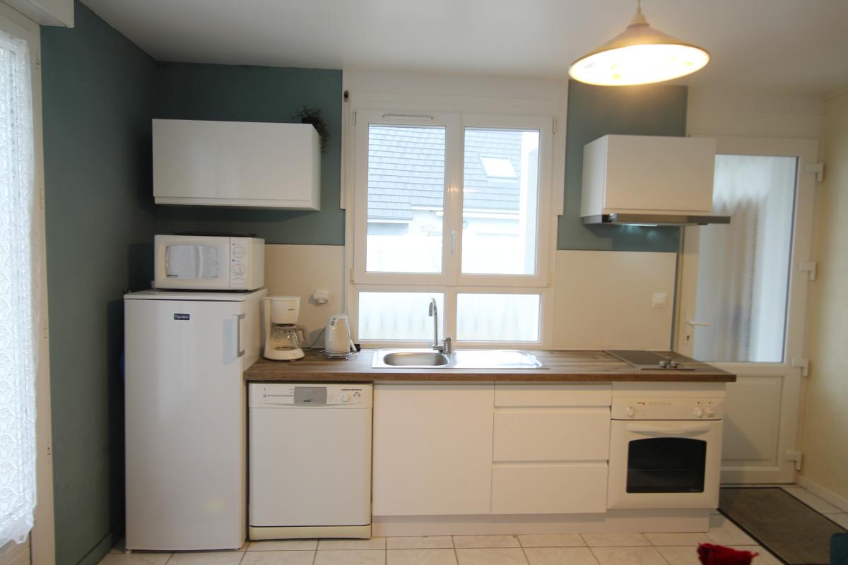 séjour - cuisine - Location de vacances - Agon-Coutainville