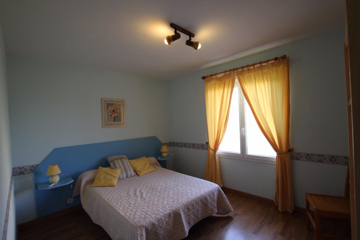 chambre 1 - Location de vacances - Saint-Marcouf
