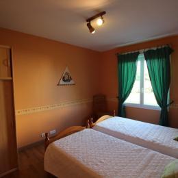 chambre 3 - Location de vacances - Saint-Marcouf