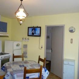 cuisine, salle à manger,salon,vue 2 - Location de vacances - Agon-Coutainville