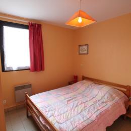 Chambre au rez-de-chaussée - Location de vacances - Gouville-sur-Mer